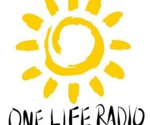 One Life Radio Podcast: Dr. Allison Hull – Treating Insulin Resistance with a Low Carb… (blubrry.com)